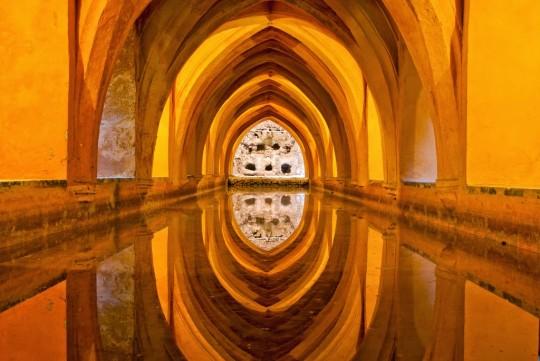 أسرار وأساطير من قصر إشبيلية