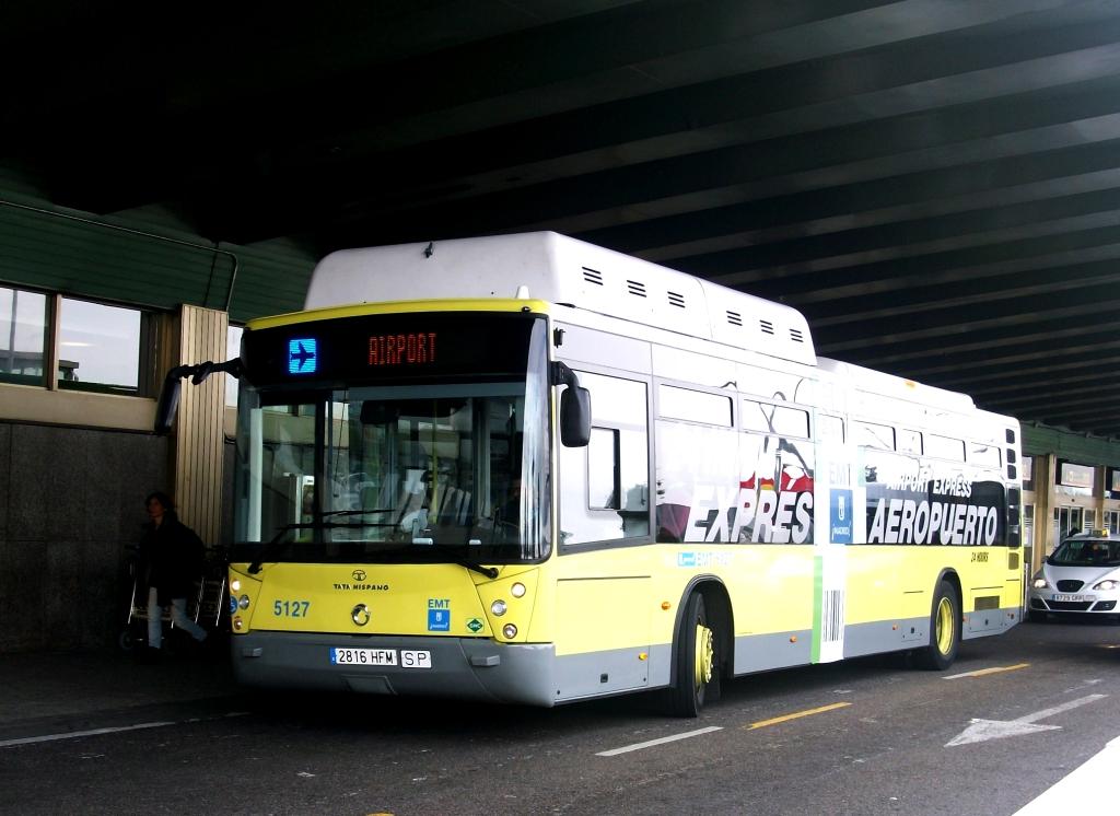 حافلة نقل الركاب من وإلى مطار مدريد
