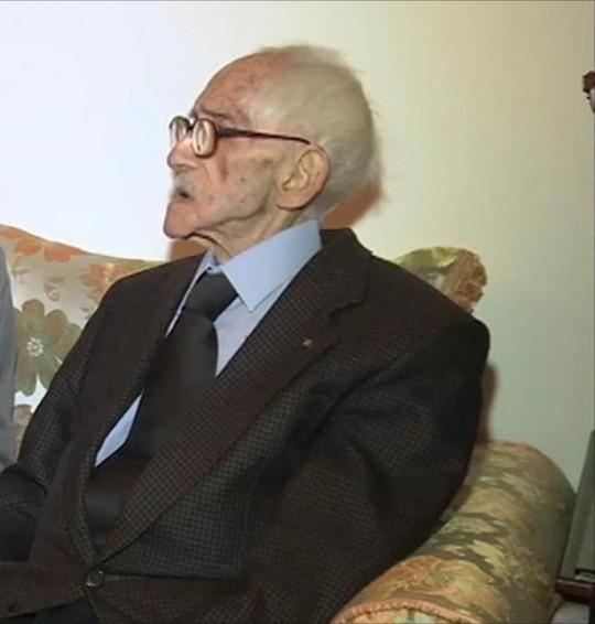 حوار مع الفقيد محمد قشتيليو، أول أستاذ عربي في جامعة إسبانية