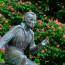 نُصب تَذكاري لهاينرش هاينه في العاصمة الألمانية برلين