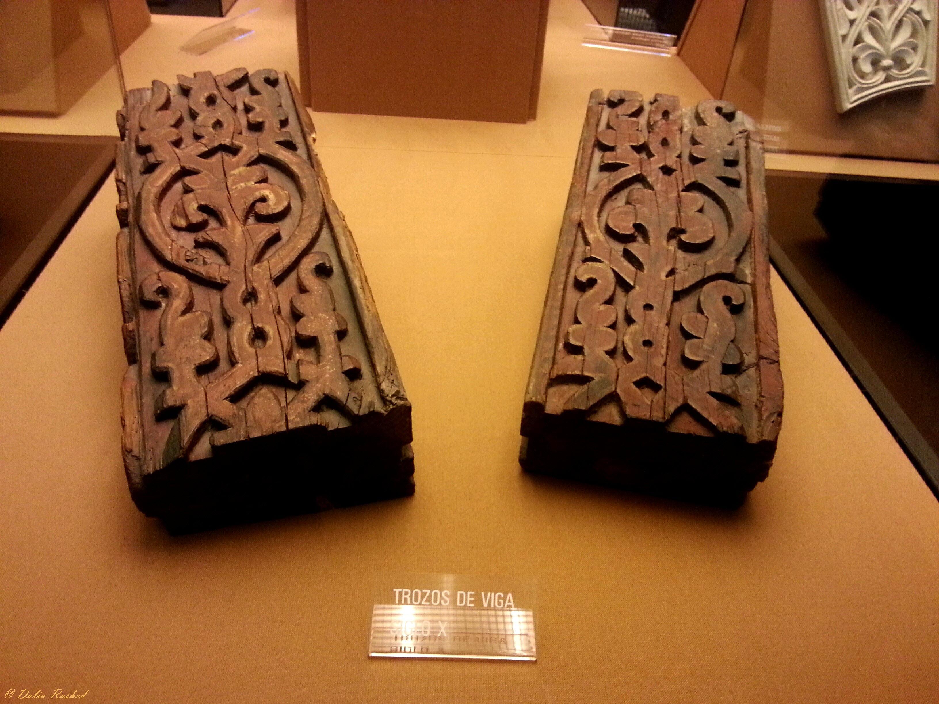 جزء من القطع الخشبية لسقف مسجد قرطبة